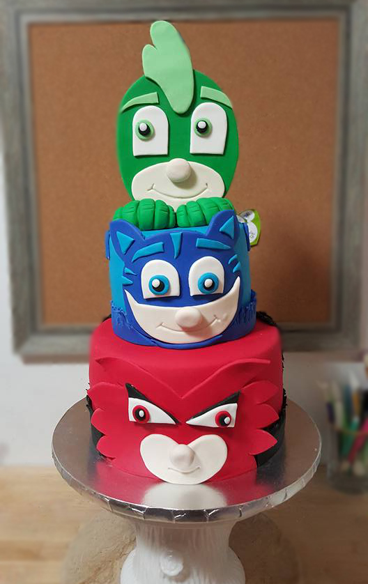Fios de Mel by Elizabete Costa Cakes and Sweet New York -  pj masks super hero cake.jpg