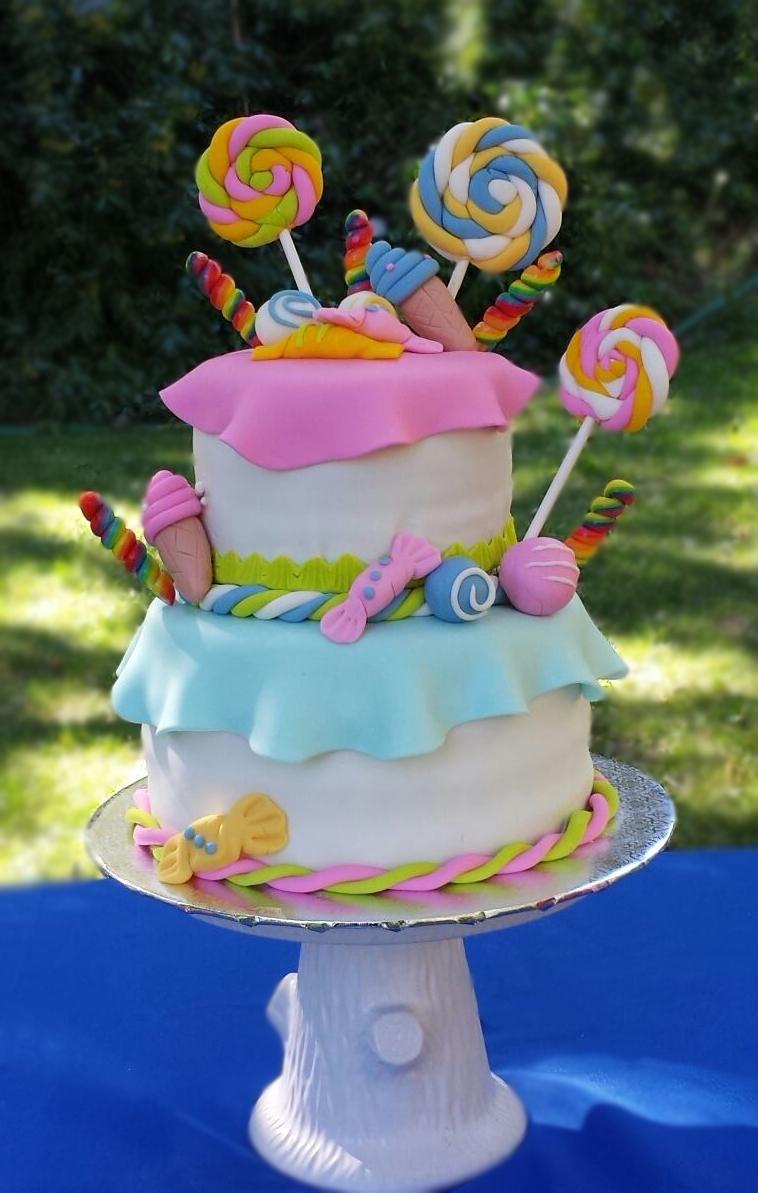 Fios de Mel by Elizabete Costa Cakes and Sweet New York - 2 tier sweet candy cake.jpg