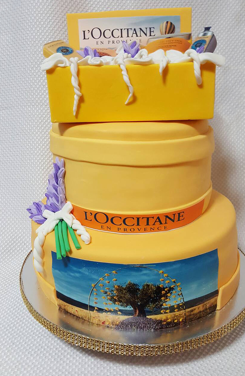 Fios de Mel by Elizabete Costa Cakes and Sweet New York - 2 tier cake for Loccitane.JPG