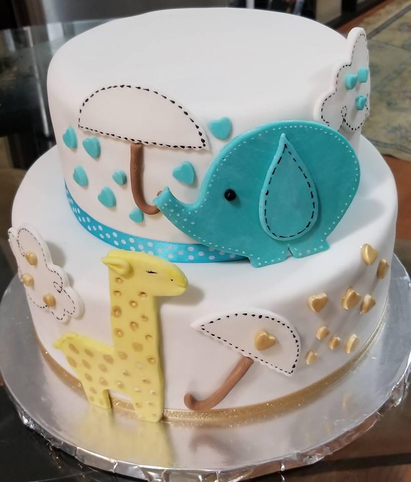 Fios de Mel by Elizabete Costa NYC - Cakes - Baby Elephant Giraffe Stitches.jpg