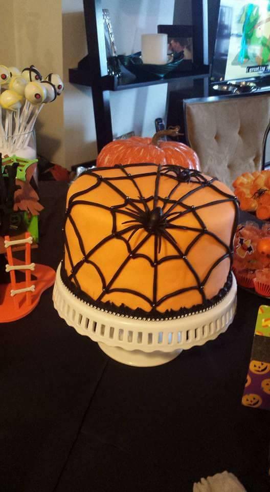 Fios de Mel by Elizabete Costa NYC - Cakes - Haloween Spider Web.jpg