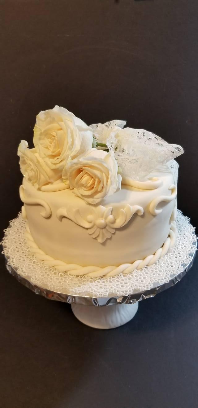 Fios de Mel by Elizabete Costa NYC - Cakes - Roses.jpg