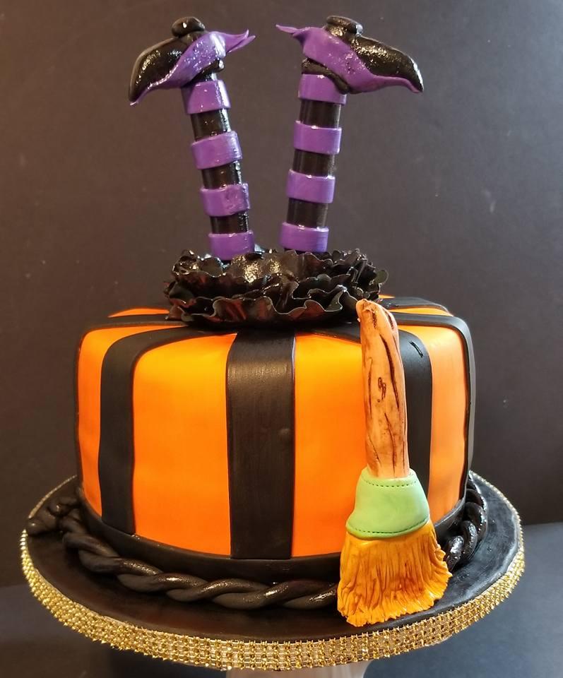 Fios de Mel by Elizabete Costa NYC - Cakes - Witch Halloween.jpg