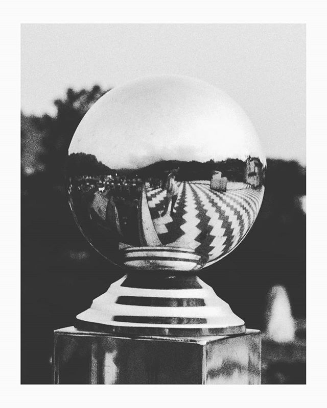 | S E L F I E | Dear Dali, I found your ball ! . . . #surrealism #bwstylesgf #bnw_captures #bnw_universe #insta_bw #bwmasters #igfotogram_bw #excellent_bnw #igblacknwhite #blackandwhite_perfection #bnw_demand #bnwmood #bnw_planet #bnw_society #bnw_magazine #bnw_globe #bnw_of_our_world #top_bnw #bw_lovers #bw_photooftheday #bw_crew #bwstyleoftheday #noir_vision #bnw_diamond #flair_bw #rsa_bnw #bnw_life #bnw_guru #love_bnw #jj_blackwhite