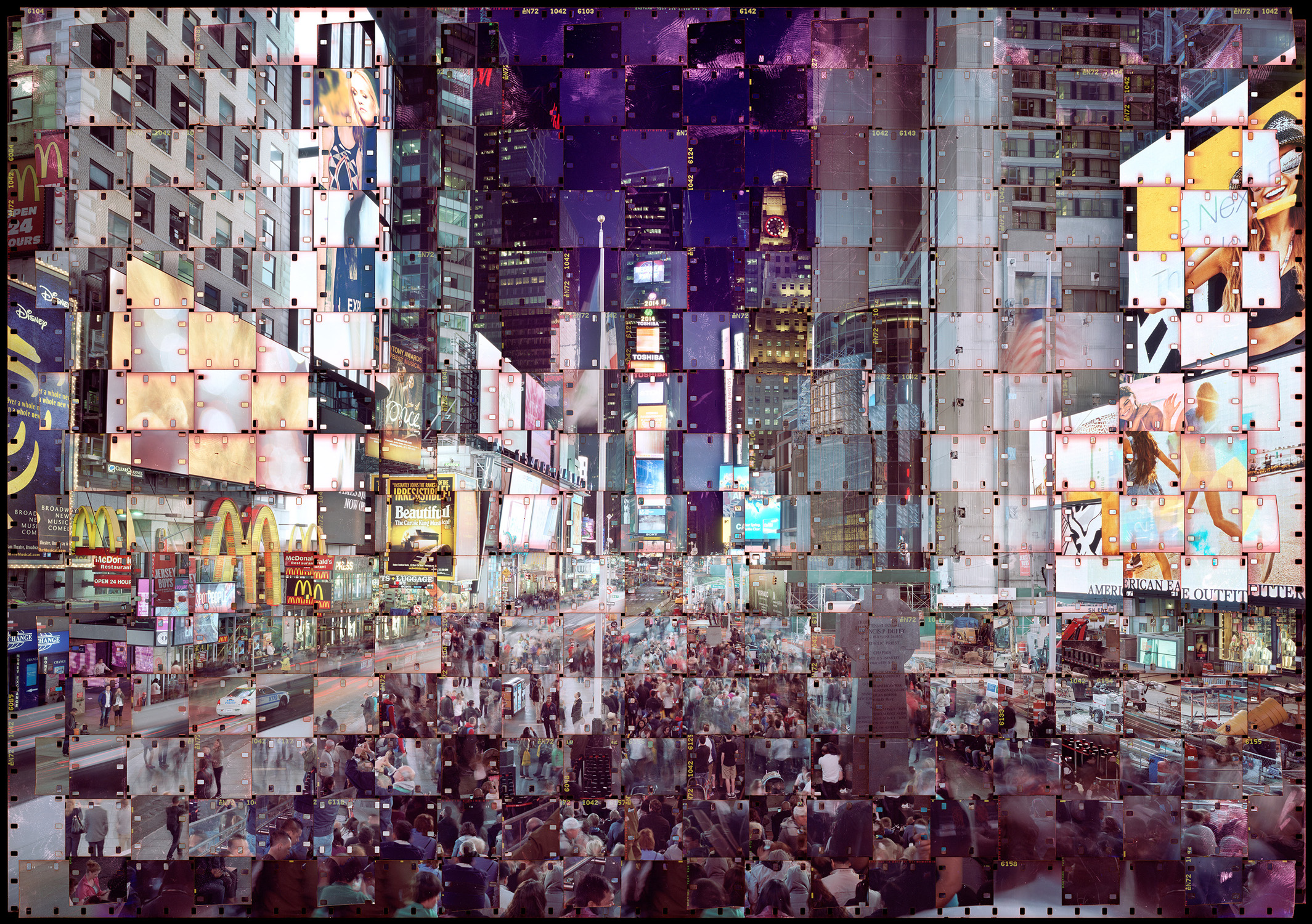 Parkseunghoon_TEXTUS 216 Times square_Digital C Print_100cmx142cm_2015.jpg