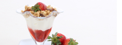 Power Pot - Creamy Greek yoghurt, filled with fruit compote & topped with crunchy granola (V)