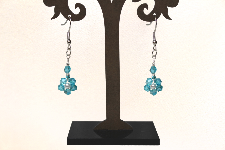 eleanore flower earrings.jpg