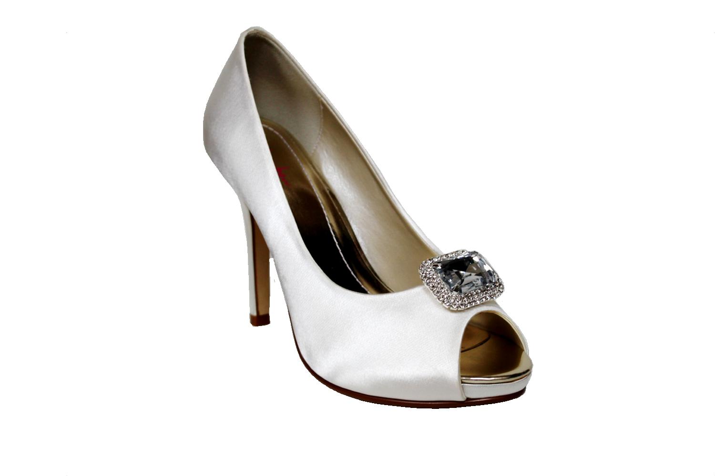 bellatrix shoe clip.jpg