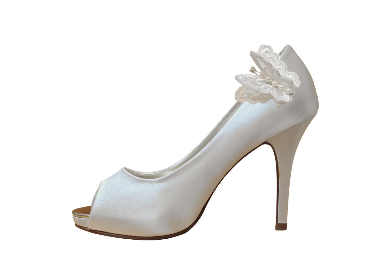 luna bridal shoe clip on shoe.jpg
