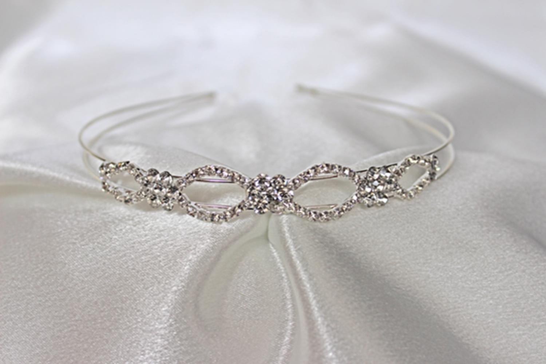 cordelia headband.jpg