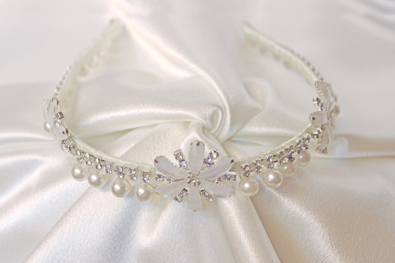 arabella headpiece.jpg