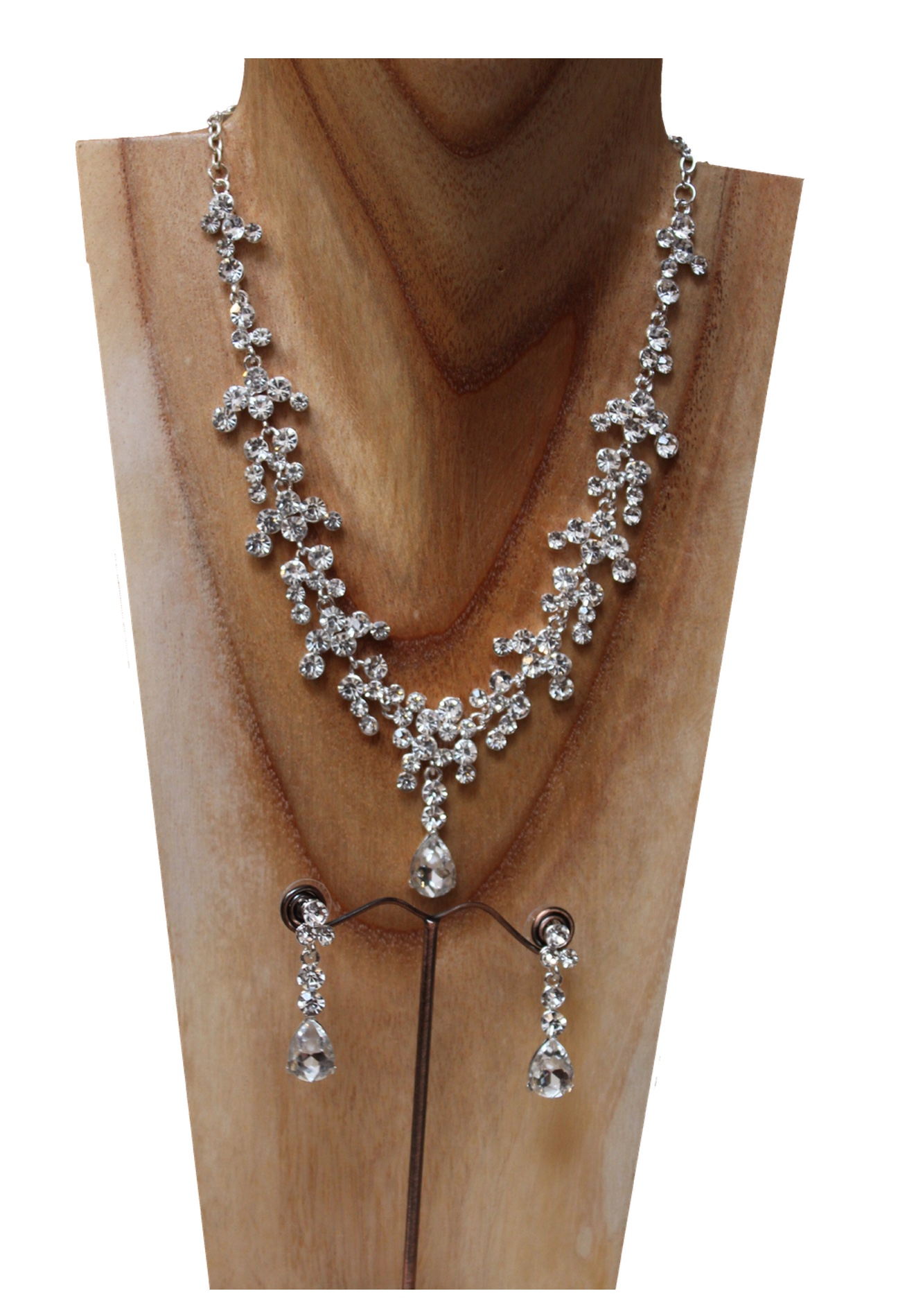 diamante necklace and earrings set.jpg