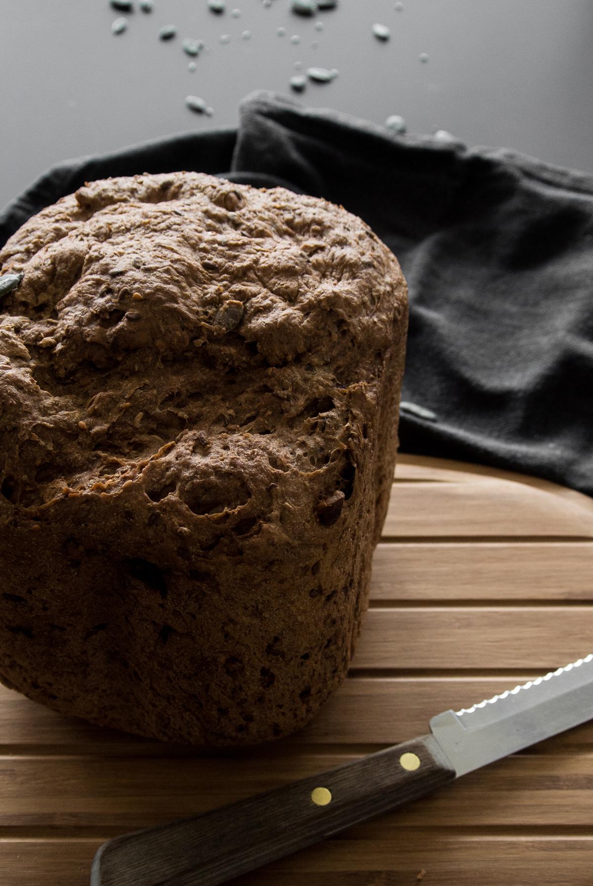 fonq-aprilandmay-bread-5.jpg