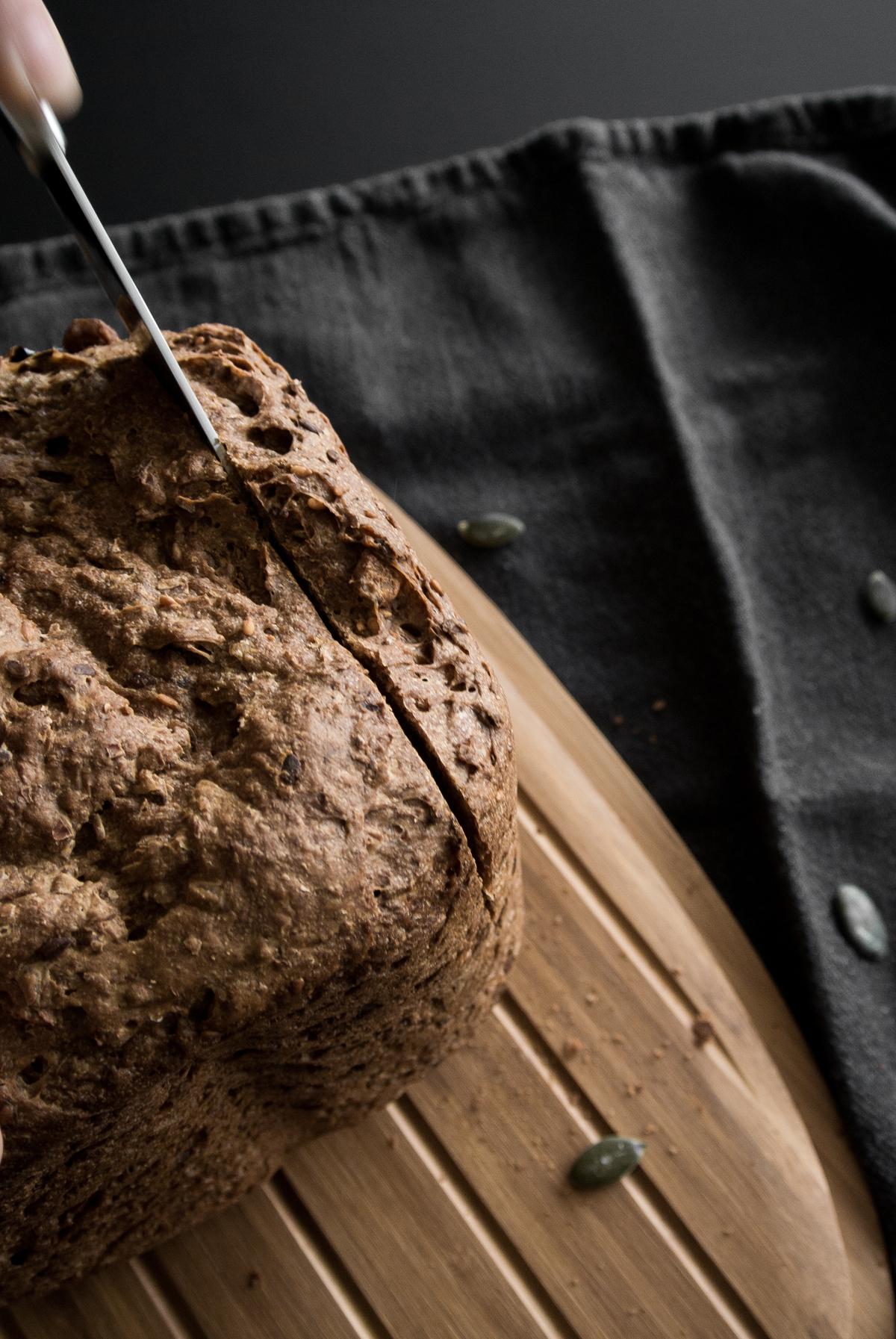 fonq-aprilandmay-bread-6.jpg