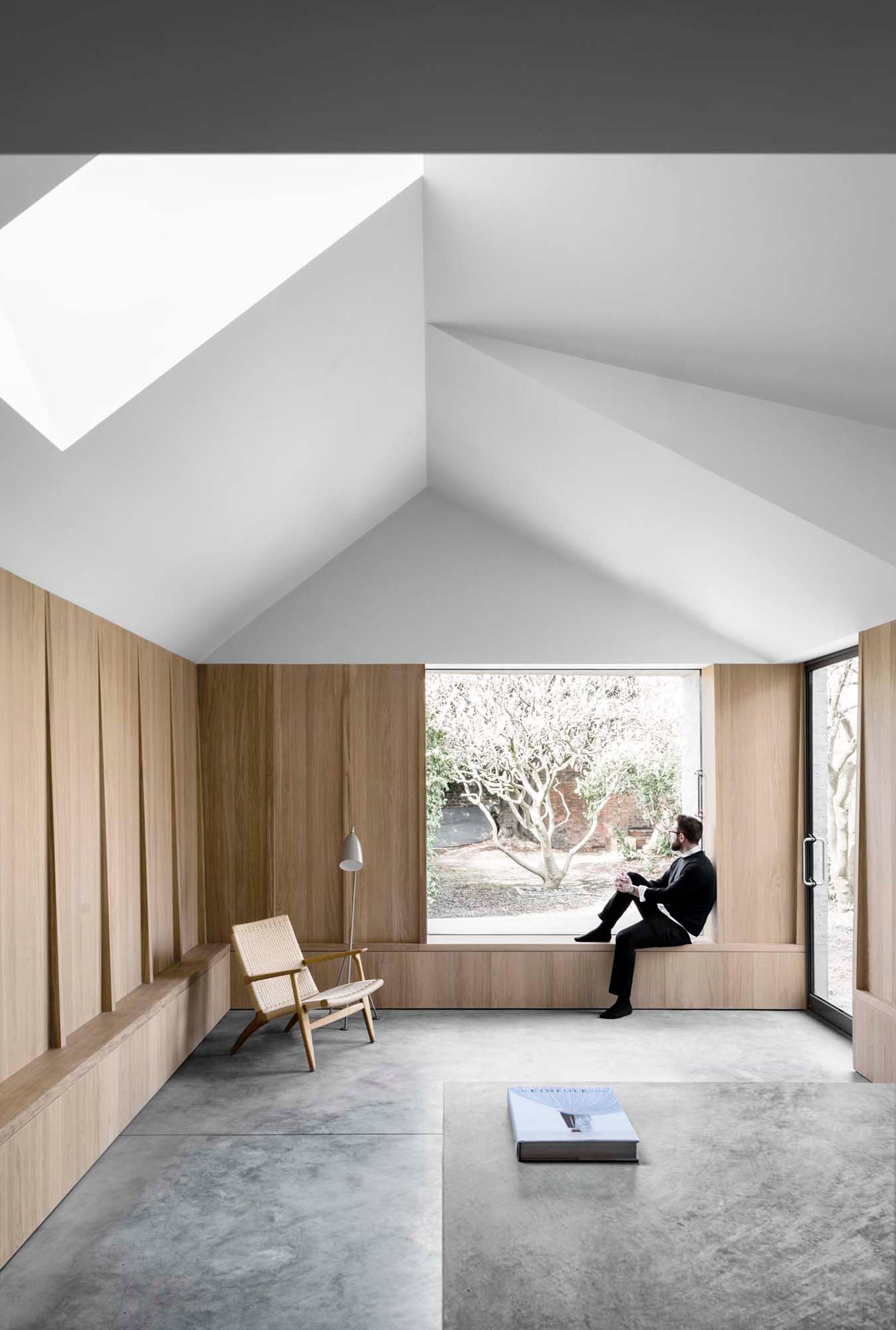 kew-road-mclaren-excell-architecture-residential_dezeen_2364_col_21.jpg