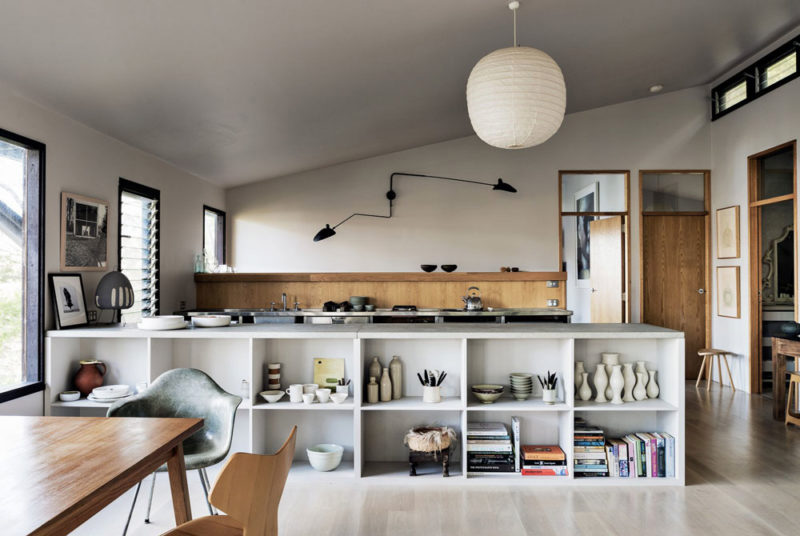 Dangar-Island-Vacation-Home-Robertson-Hindmarsh-Architects-David-Harrison-Interior-aprilandmay-1.jpg