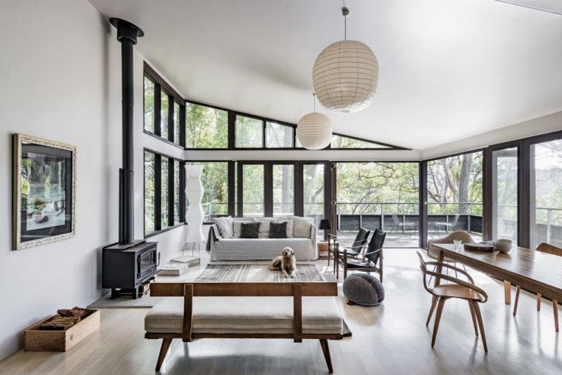 Dangar-Island-Vacation-Home-Robertson-Hindmarsh-Architects-David-Harrison-Interior-aprilandmay-3.jpg