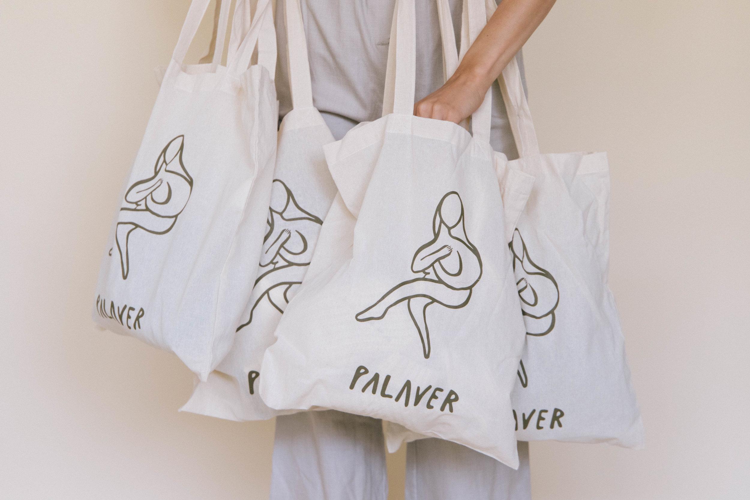 PALAVER BAG 1.JPG