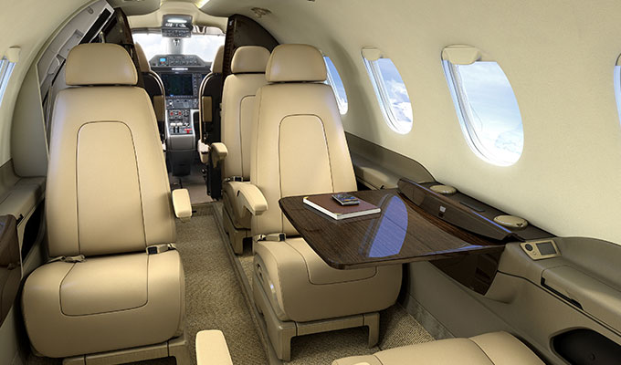 Phenom_300_light_executive_Jet-cabin.jpg