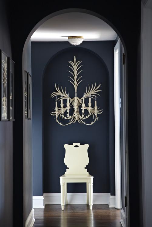 Hallway chair 8675.jpg