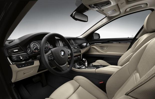 BMW-Serie-5-interni-1.jpg