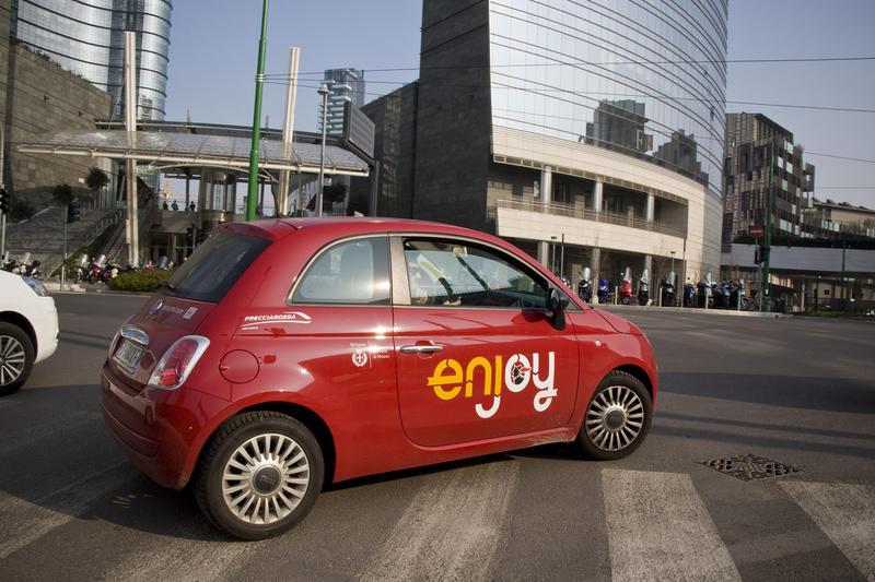 Car sharing a Milano. AGF