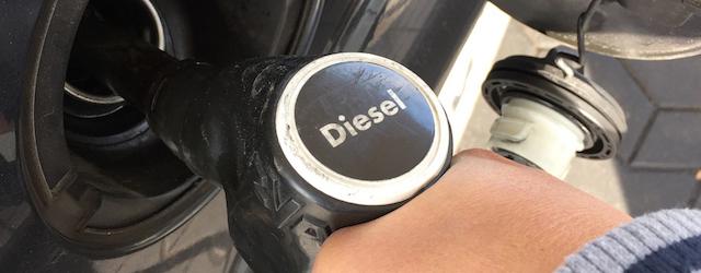 generica-rifornimento-diesel.jpg