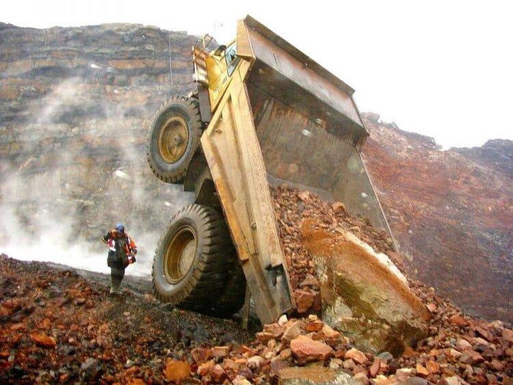 mining-accidents-768x576.jpg