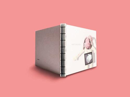 Offset-Biblioteca_Annete+Messager1.jpg