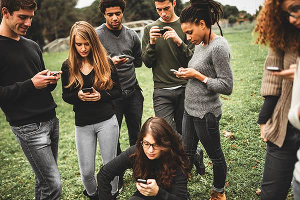 Socially Aware Stream MI Data