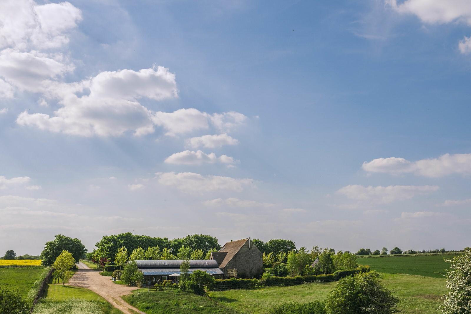 Stone Barn - Dan Morris Photography - summer 2018 - Debbie & Alex-432 (2)stone+barn+cotswold+wedding+venue.jpg