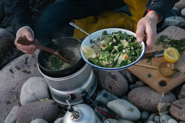 ashley-watson_food-for-the-roadside-11.jpg