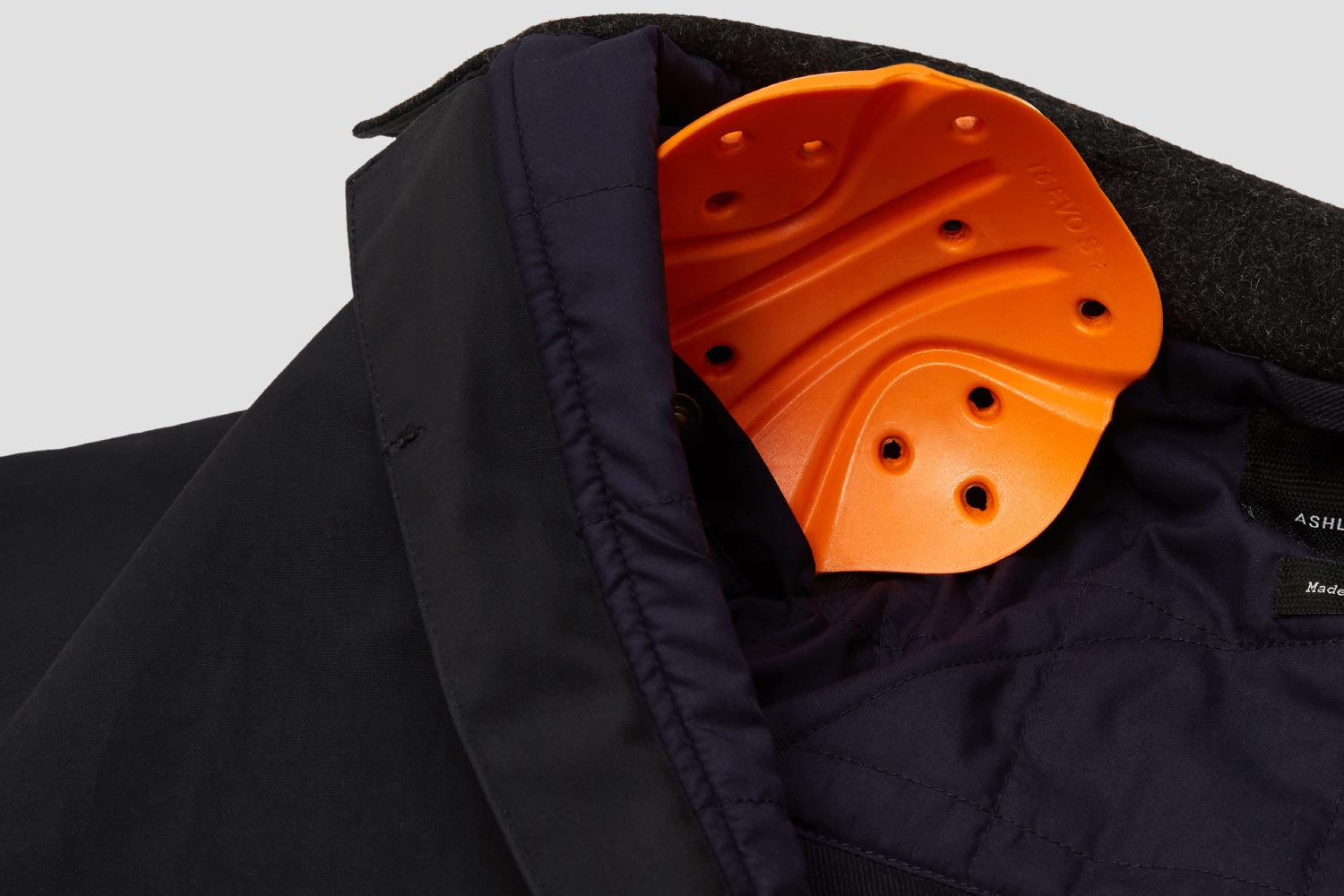 Removable D3O® Armour at Elbow, Shoulder + Back (supplied with Elbow and Shoulder). Dyneema® lining throughout.