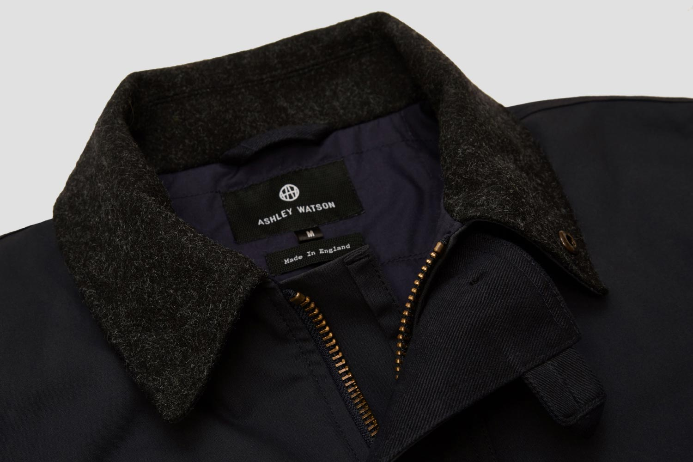 Melton wool collar for colder days.