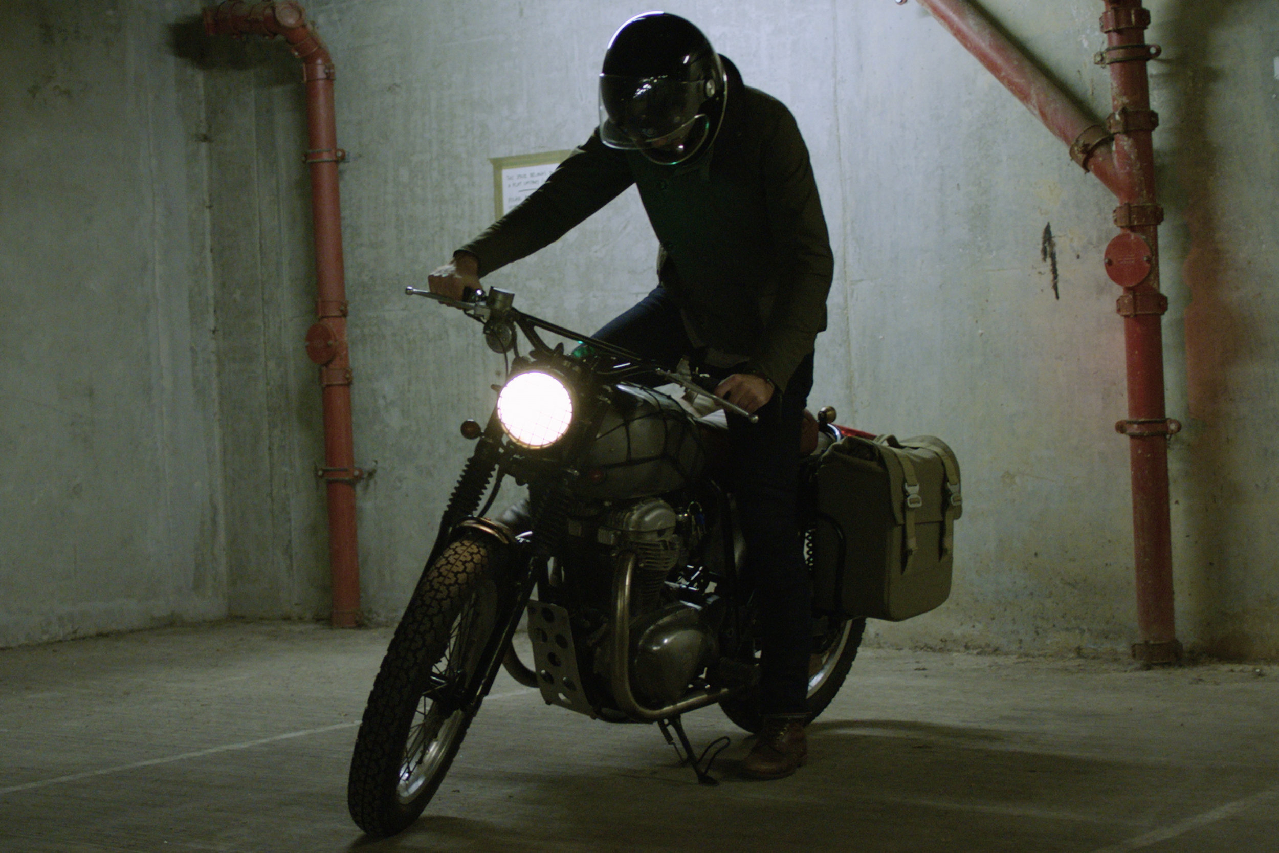 ashley-watson_whats-the-best-summer-and-winter-motorcycle-clothing-9.jpg
