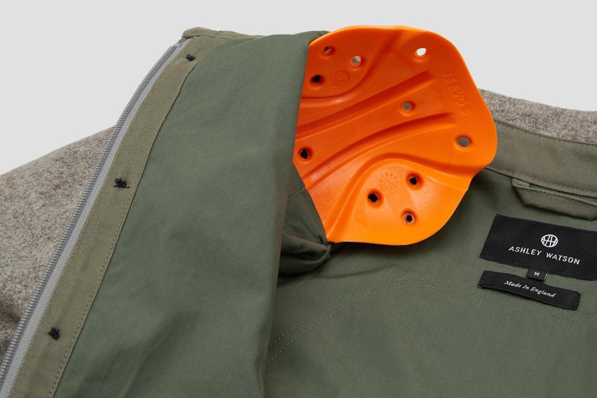 ashley-watson_product_hockliffe-overshirt_stone_detail_d30-armour.jpg