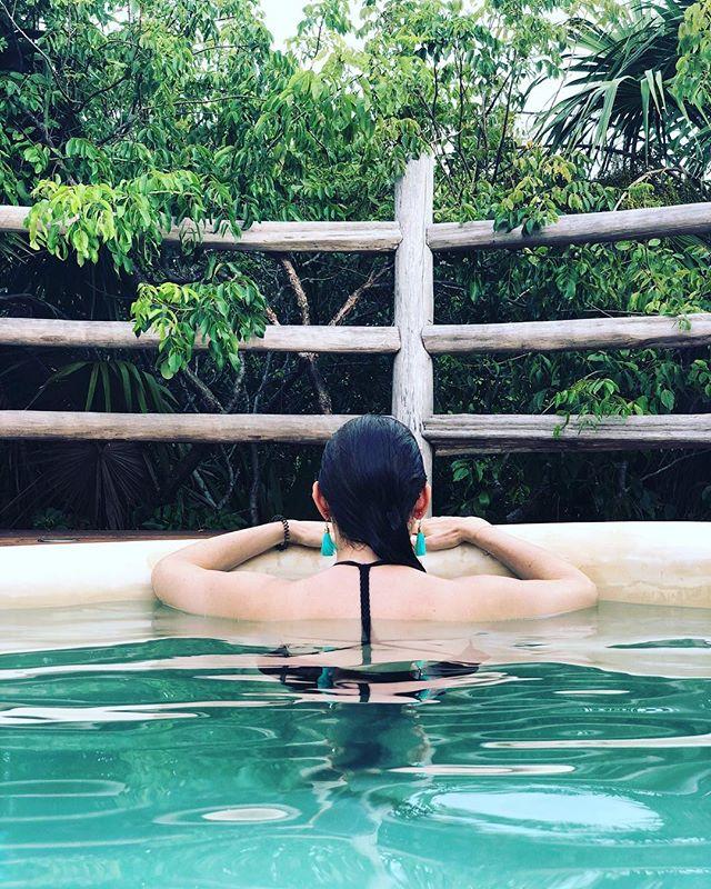Last Monday   this Monday 🧜🏻♀️🌴💙 . . . . . . . #tulum #wanderlust #travelgram #latergram #welltravelled #poolparty #vacationmode #instatraveling #passportready #womenwhotravel #womenwhoexplore