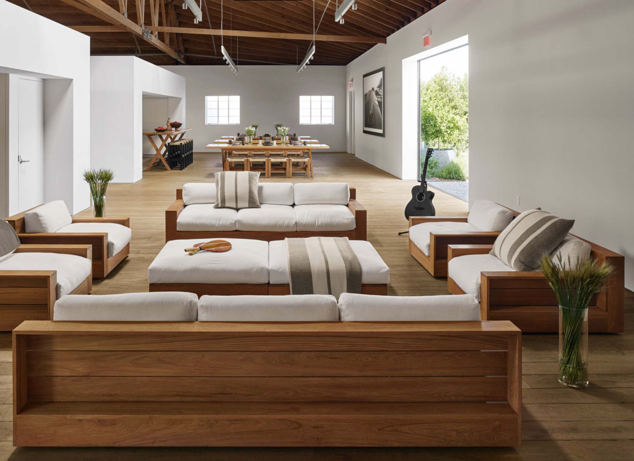 california lUXE - Top shelf, quality experienceSurpass Starbuck's Roastery + Samovar