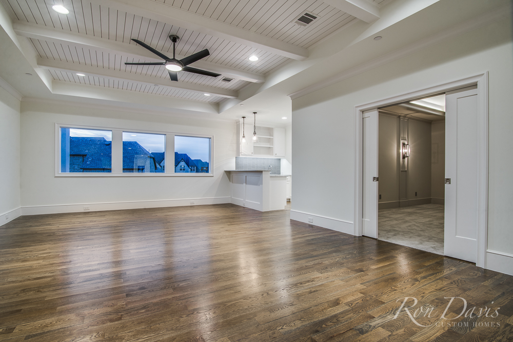 1024 La Salle Reduced-3.jpg