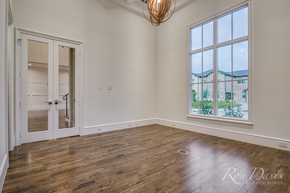 1024 La Salle Reduced-8.jpg