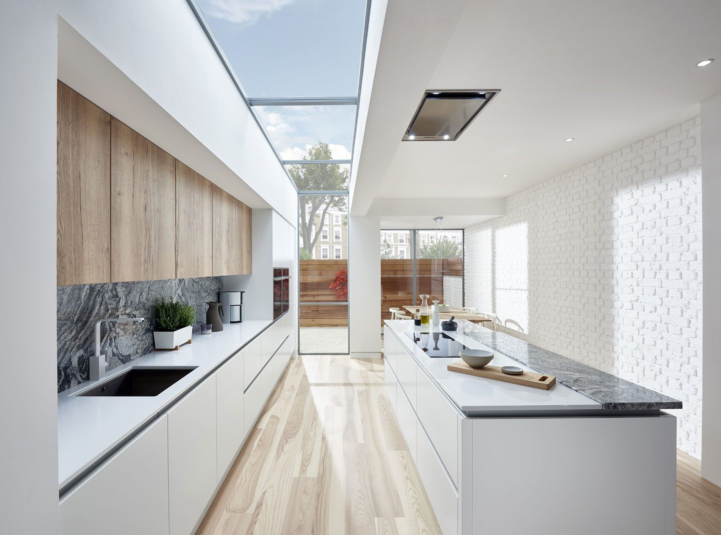 Light Coloured Cabinets - Brightly coloured kitchens and trendy white cabinets are in. Darker kitchens with the use of darker countertops and cupboards are somewhat out of fashion and are currently reserved for the bold. The newest style of white cabinets and brightly coloured countertops are becoming one of the best in kitchen designs for the upcoming year.