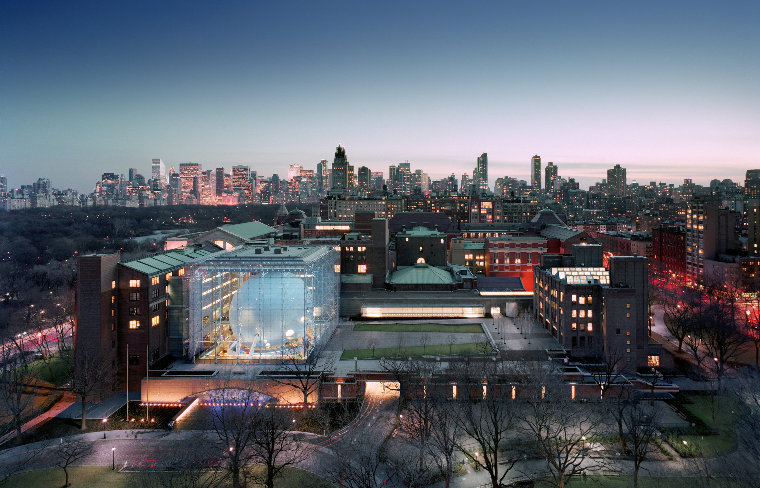American Museum of Natural History, Rose Center for Earth and Space photo credit Jeff Goldberg Esto.jpg