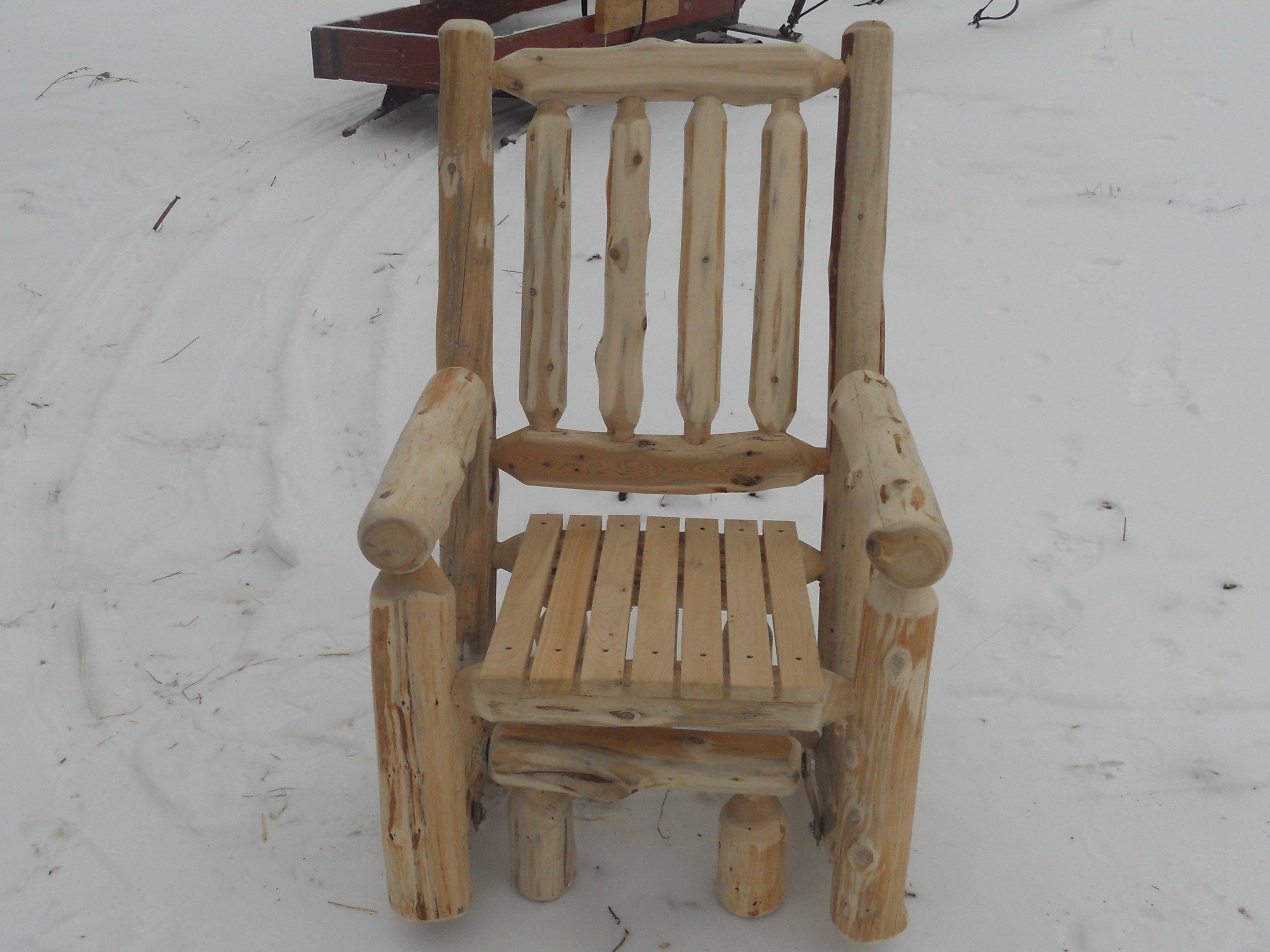 outdoorlogchair.jpg