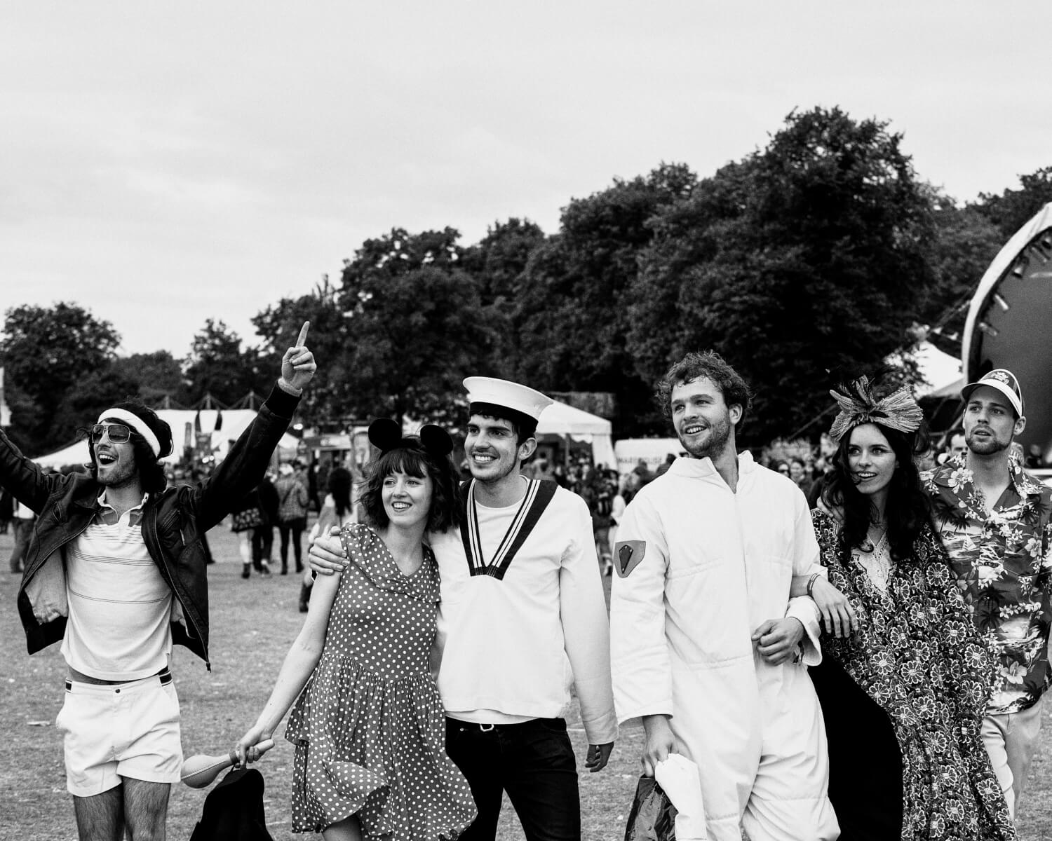 lifestyle photographer Tim Cole shoots friends leaving LoveBox festival