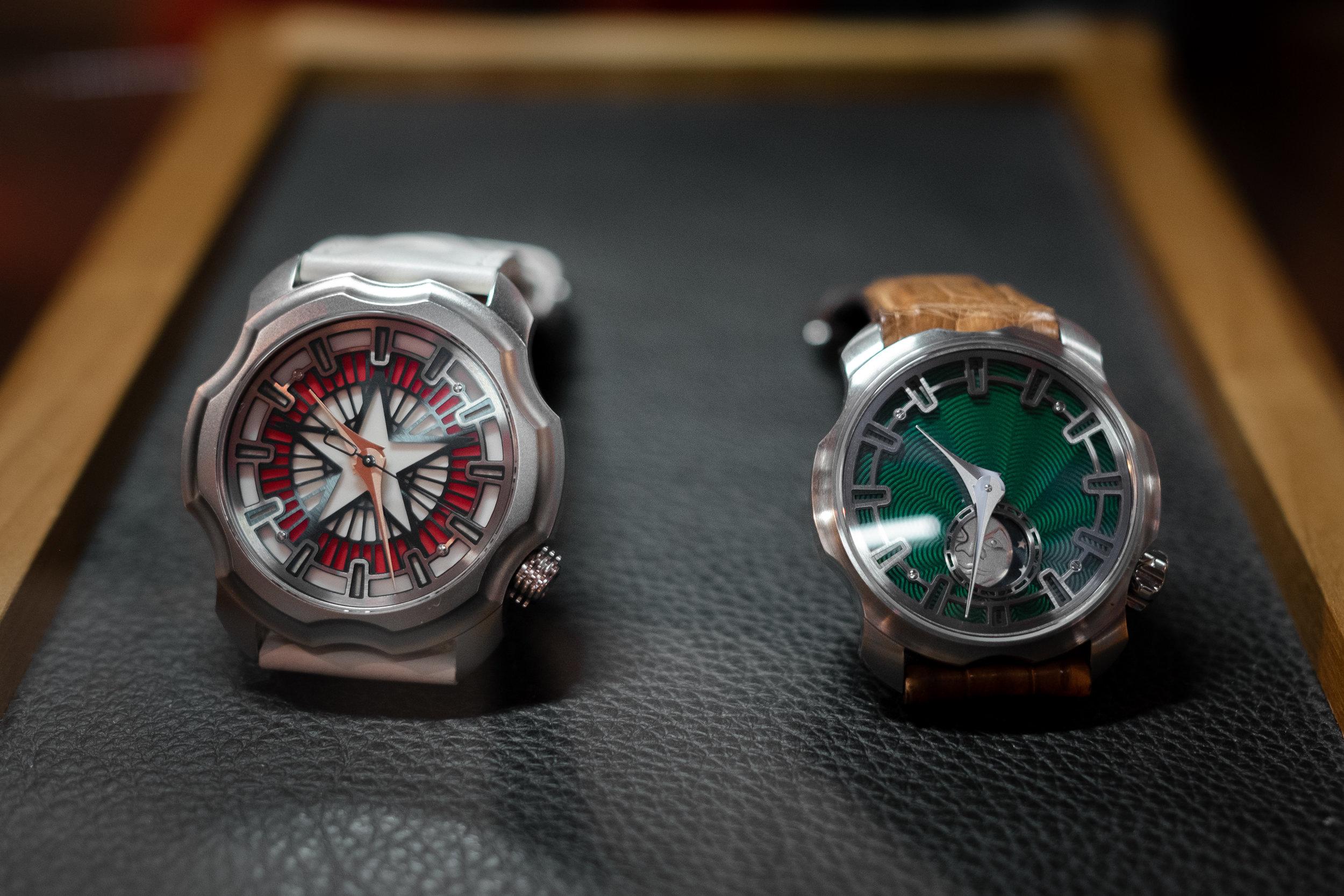 Two Sarpanevas - K0 Daredevil Dusk (left) and K0 Northern Stars (right)