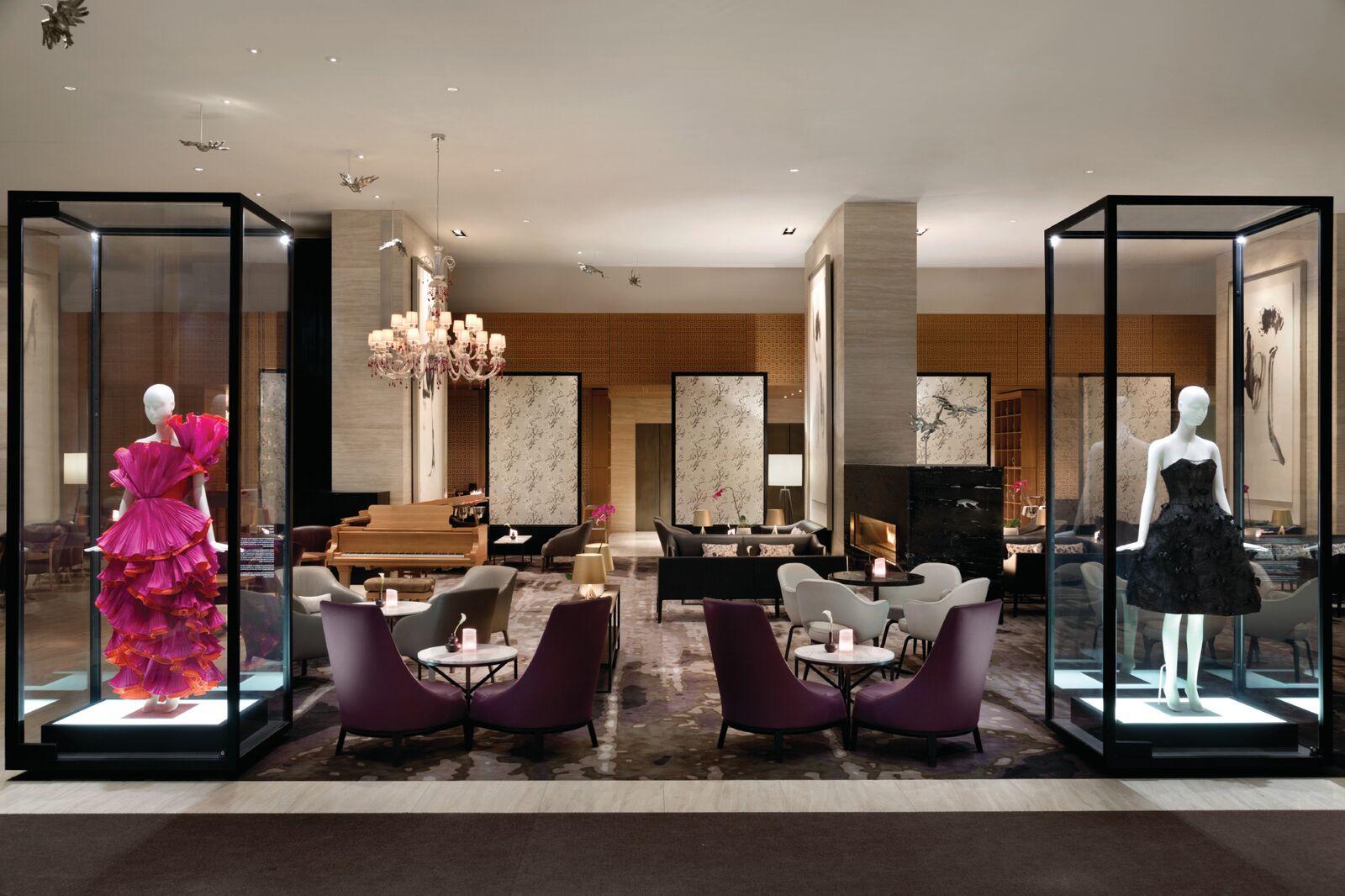 Shangri-La Hotel Toronto - Lobby - 1194336_preview.jpeg