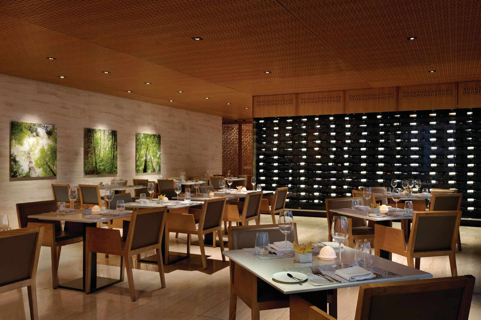 Shangri-La Hotel Toronto - Bosk Restaurant - 1194425_preview.jpeg