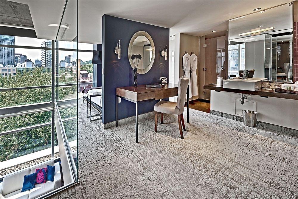 Hotel_10_Penthouse_Parlour.jpg