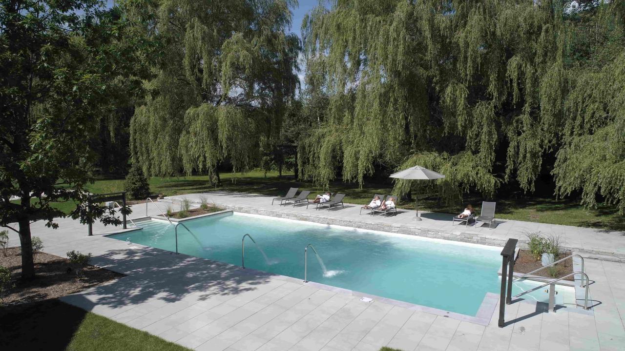 le-strom-spa-du-mont-saint-hilaire-reouvre-ses-portes-et-capote-519627.jpg