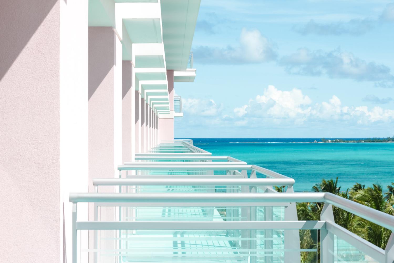 Rooms_007_PremierBalcony2_Landscape.jpg